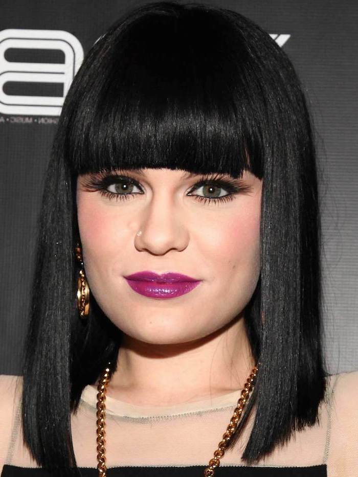 pink lipstick, jessie j with black hair, short to medium hairstyles, straight hair