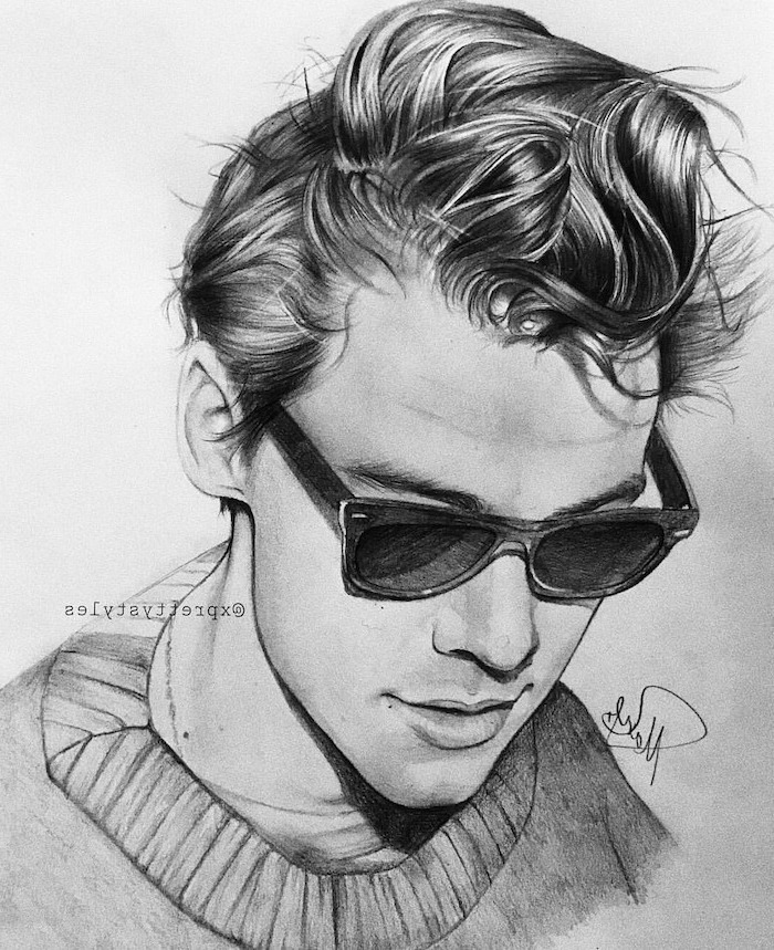 harry styles portrait, wearing black sunglasses, easy things to draw when your bored, black and white, pencil sketch