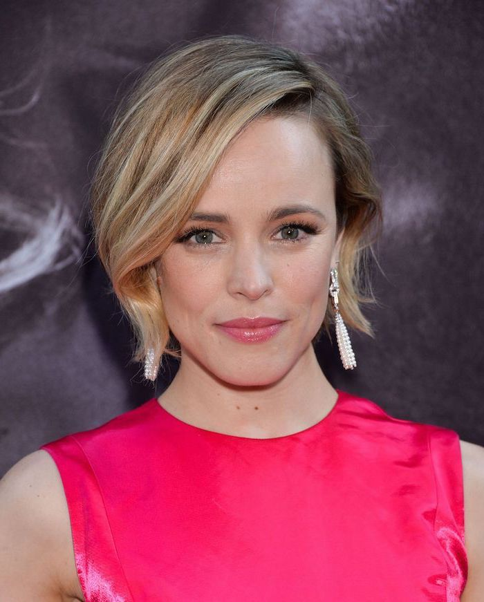 pink dress, rachel mcadams, blonde hair, short to mid length hairstyles, long earrings