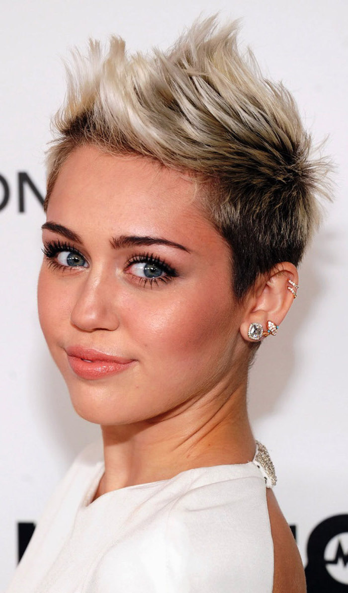 asymmetrical short hair, miley cyrus, white dress, black and blonde hair