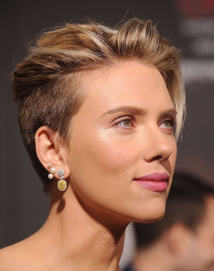 scarlett johansson, celebrities with short hair, pearl earrings, gold earrings, blonde hair