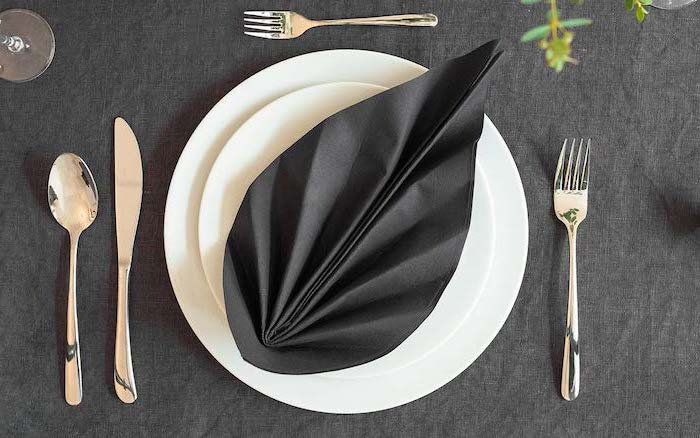 Over 70 Napkin Folding Tutorials And Ideas For An Insta Worthy