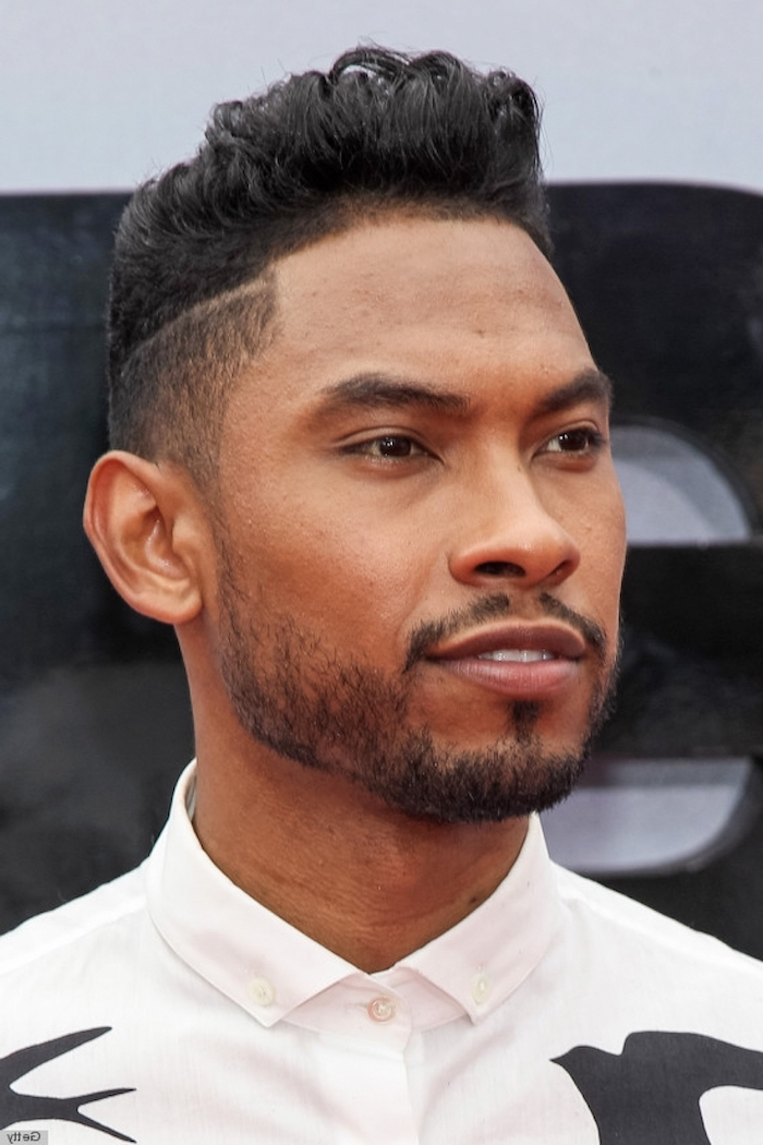 miguel on the red carpet, black hair, white shirt, medium haircuts for men