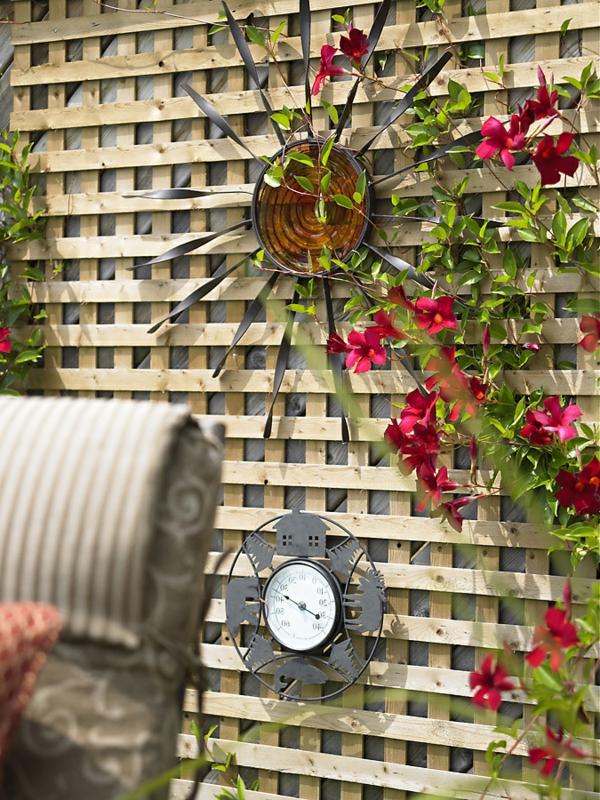 La Dcoration Extrieure Avec Un Treillis De Jardin