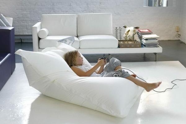 Le Pouf Gant Un Coussin De Sol Amusant Et Confortable