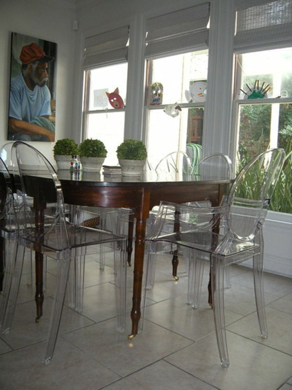 Retrouvez La Chaise Transparente Un Beau Bijou Pour Votre