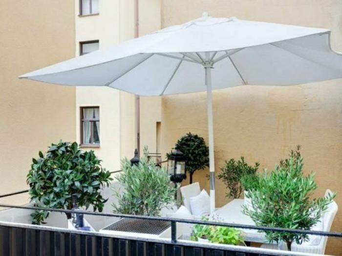 le parasol de balcon en 50 variantes