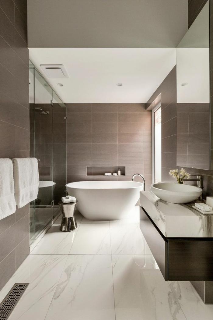 salle de bain beige