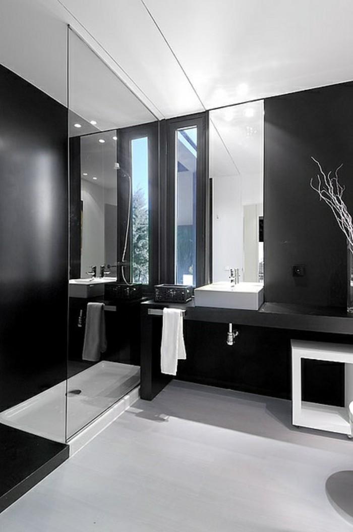 la beaute de la salle de bain noire en