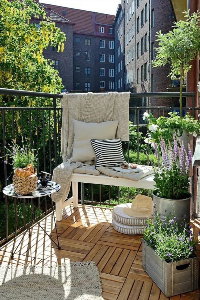 comment bien d corer votre balcon limonasblog. Black Bedroom Furniture Sets. Home Design Ideas