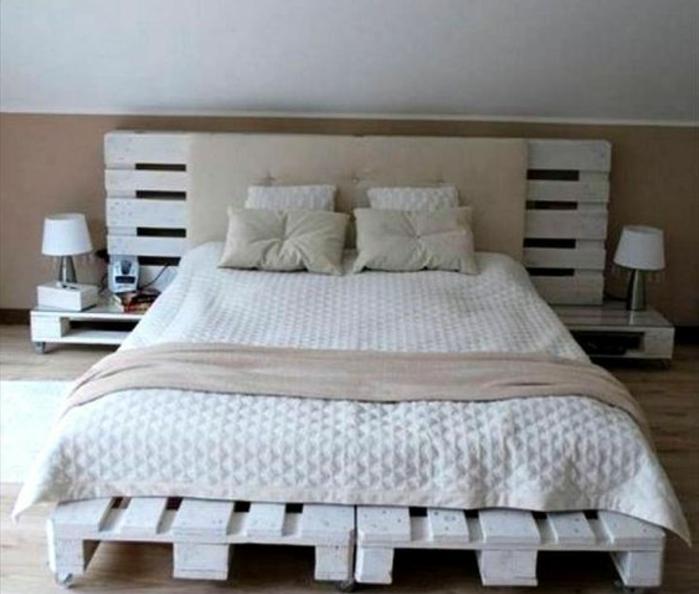 faire un lit avec des palettes. Black Bedroom Furniture Sets. Home Design Ideas
