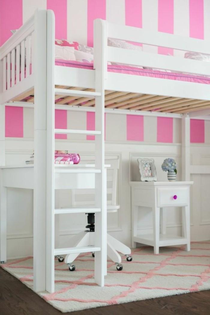 lit en hauteur avec bureau integre