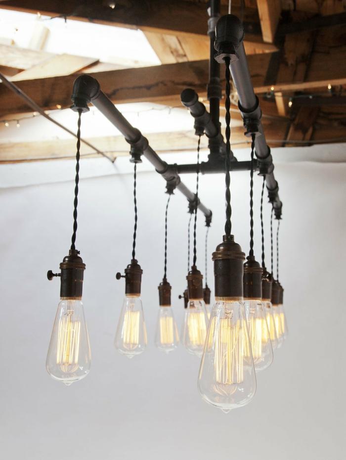 Great Idee Deco Corde En Pipes Noirs Et Ampoules Lectrique
