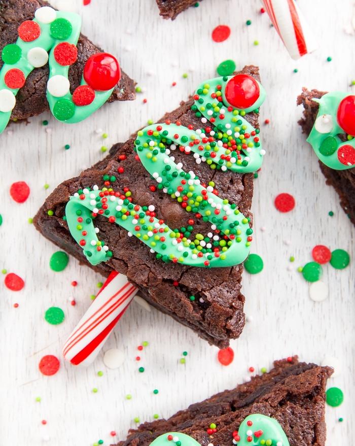 Plus de 70 recettes et idées pour un dessert de Noël facile et original. La cerise sur le gâteau de votre menu