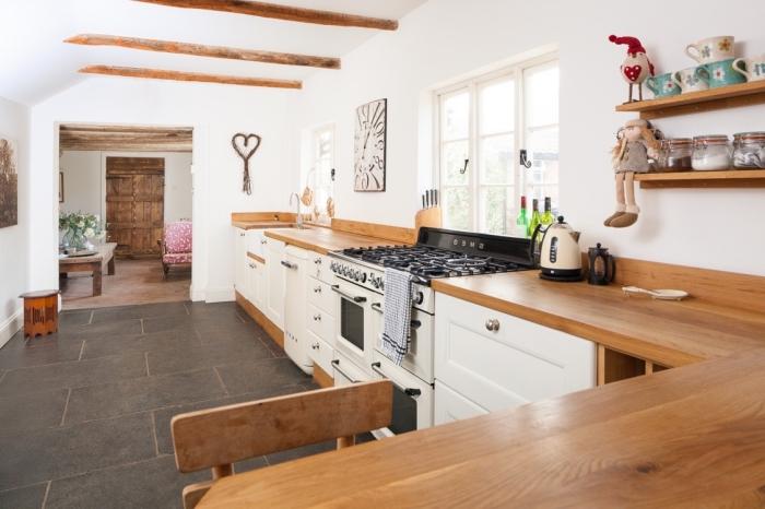 1001 modeles fascinants du duo cuisine blanche plan de travail bois