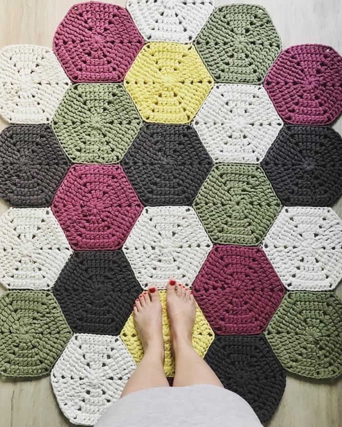 comment faire un tapis au crochet