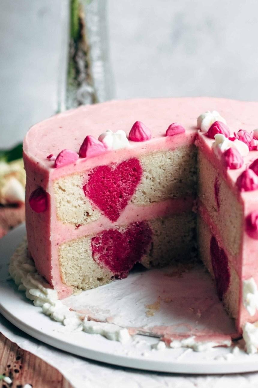 Resultado de imagen para gâteau avec un cœur caché
