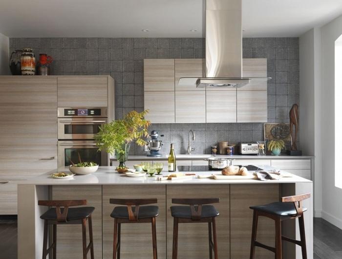 Parete nera con fascione di piastrelle bianche. Colori Pareti Cucina 24 Abbinamenti Veramente Originali Archzine It
