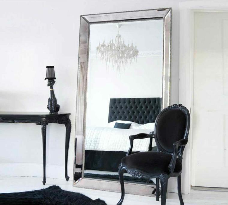 Grande offerta di mobili in italia. Specchi Moderni Ecco Idee Davvero Originali Per La Vostra Camera Da Letto Archzine It