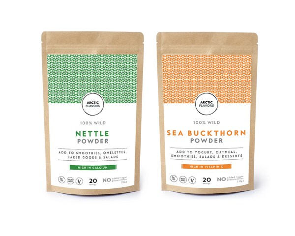 Green smoothie booster duo with wild nettle and wild sea buckthorn powder from Finland. Add these superfood booster powders by Arctic Flavors in your green smoothies.
