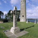 Clonmacnoise Co Offaly IrelandHigh Cross & Round Tower