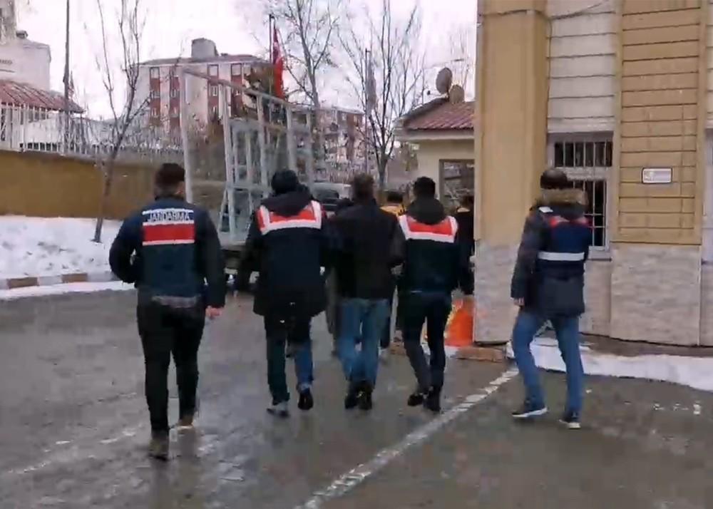 Ardahan'da terör propagandasına 2 gözaltı