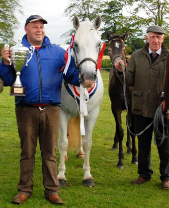 Moorland Lady Jane, supreme Champion with Nigel Leahy and James Leahy