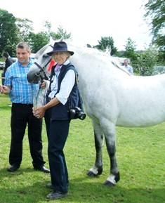 Stallion Winner Village Prince with Padraig Heanue and Ruth Rogers