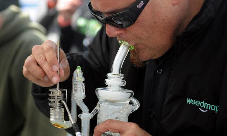 dabbing marijuana