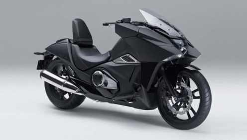 Honda NM4 Vultus (1)