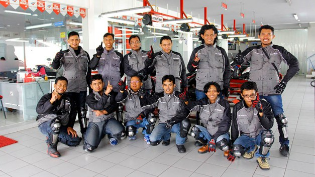 Touring Honda Supra GTR 150 (2)
