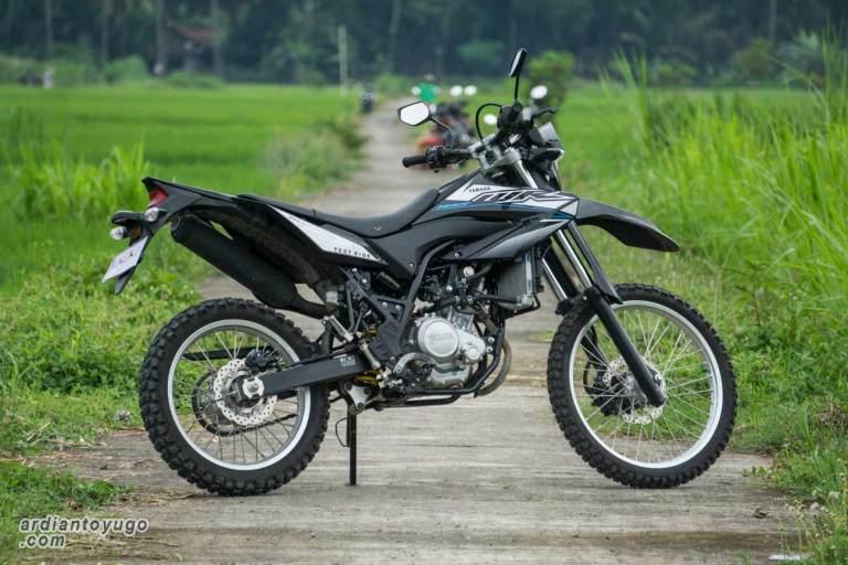 motor trail yamaha wr155