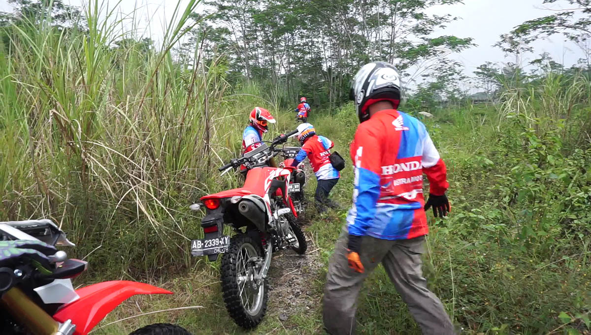 crf150 offroad