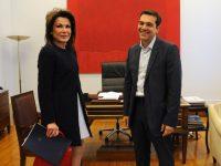 Ο πρόεδρος του ΣΥΡΙΖΑ Αλέξης Τσίπρας (Δ) υποδέχεται την  Γιάννα Αγγελοπούλου (Α), κατά την διάρκεια της συνάντησής τους, τη Δευτέρα 10 Νοεμβρίου 2014. Η συνάντησή πραγματοποιήθηκε  με αφορμή το πρώτο εντός Ευρώπης συνέδριο του Clinton Global Initiative, που προγραμματίζεται για το τέλος Ιουνίου του 2015, στην Αθήνα.  ΑΠΕ-ΜΠΕ/ΑΠΕ-ΜΠΕ/ΕΥΗ ΦΥΛΑΚΤΟΥ