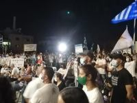 Κύπρος: Η μεγαλειώδης αντικατοχική συγκέντρωση και η δημοσιογραφική μικρότητα