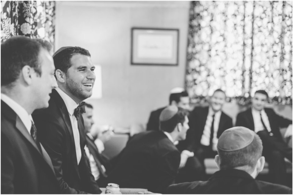 groomsmen hanging out, jewish wedding