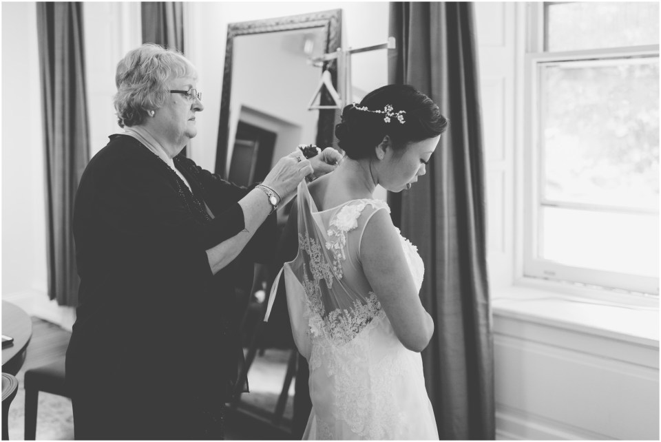 Duke Art Gallery Wedding - Bride getting ready