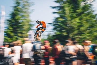 Connor Fearon panning