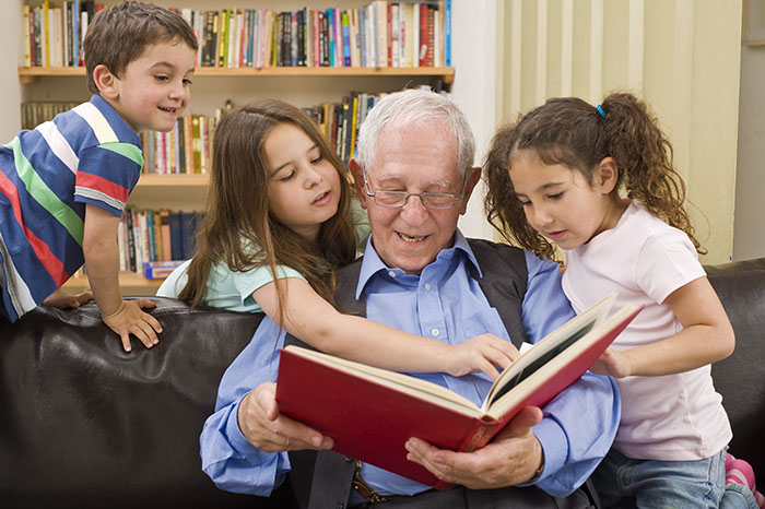 grandparent-kids-reading