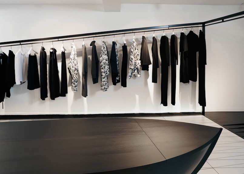 Area-Retail_Hussein-Chalayan_AZC-Architects_Bourdon-Street_London_2015_04_LR
