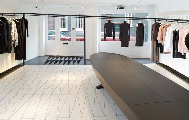Area-Retail_Hussein-Chalayan_AZC-Architects_Bourdon-Street_London_2015_06_LR