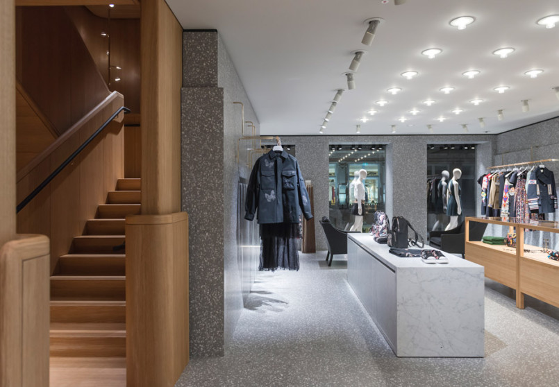 Area-Retail_Valentino_Flagship-Boutique_David-Chipperfield_London_201602_02