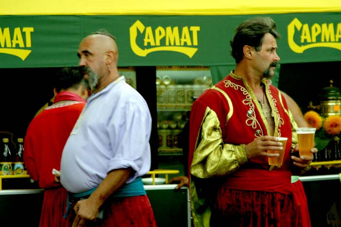 """Рекламная фотография пиво """"Сармат"""" - Козаки. Автор Сергей Рыжков"""