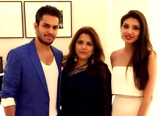 Miheeka Bajaj with her family areal news