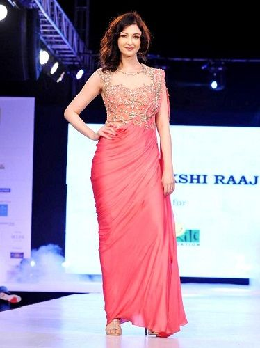 Saumya Tandon walking the ramp for Sonakshi Raaj areal news