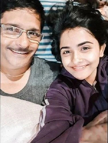 Debattama-Saha-with-her-Father