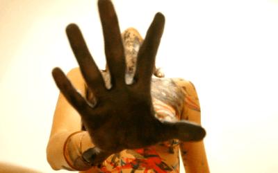 PETROCORPO – Performance corporaliza a dor da exploração petrolífera