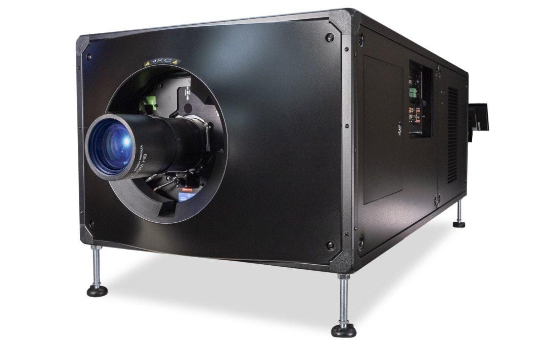 Christie redefine la experiencia del cine PLF con el CP4450-RGB: el proyector de láser puro con acoplamiento directo más brillante del mercado