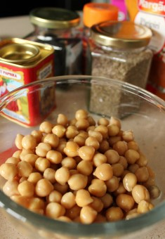 ingredients for chickpeas on toast