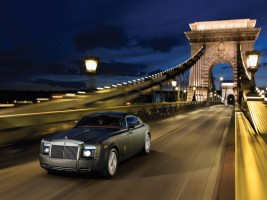 rolls-royce-phantom-coupe-01